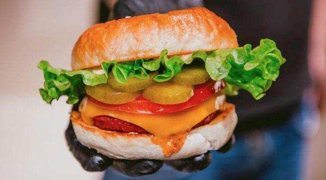 Fantastic V, el fast-food vegano pensado para carnívoros
