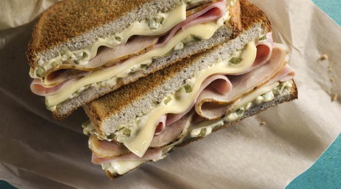 Rodilla añade a su carta la versión tradicional del sándwich cubano